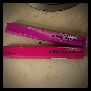 BNIB* Urba Decay Super Saturated high gloss lipsti